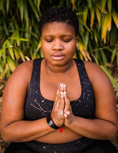 jessamyn stanley plus size yogi