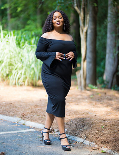 plus size blogger marie denee black dress
