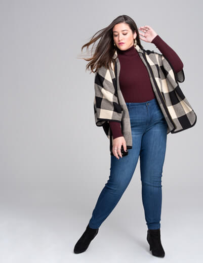 1x skinny jeans turtleneck sweater checkered poncho booties paige