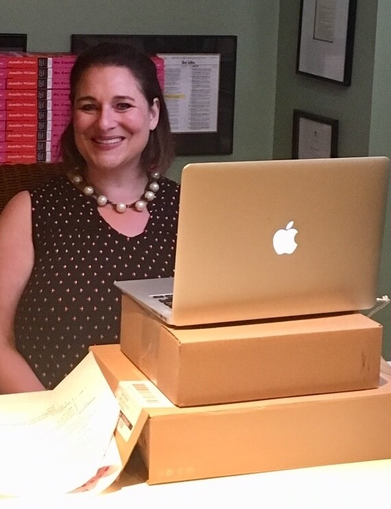 jennifer weiner in front of laptop