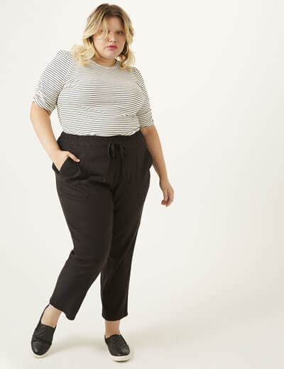 Plus size pants for sizes 10-32| Dia & Co